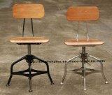 レストランの居間の椅子を食事するトレドの産業金属Barstools