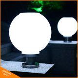 Luz solar del poste de la lámpara solar del pilar con la bola redonda