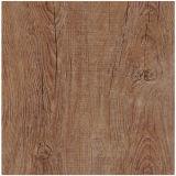 Baldosas de madera de calidad superior.