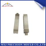 Parte di plastica del modanatura dello stampaggio ad iniezione del metallo per l'inserto dell'automobile
