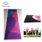 La estera de la yoga de Skipless del caucho natural de Microfiber con los modelos coloridos imprimió la estera