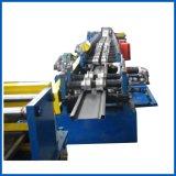 Calha de aço que faz o rolo que dá forma à máquina linha de produção da casa verde