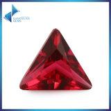 중국 삼각형 빨간 유리제 합성 원석
