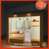 Wall stand d'affichage de vêtements