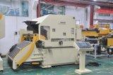 ストレートナおよびUncoilerの出版物機械が付いているコイルシートの自動送り装置