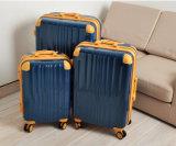 熱い販売の新しいパソコンの単層のスーツケースの荷物のプラスチック押出機機械