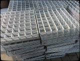 Гальванизированная сваренная сталью панель ячеистой сети или в крене