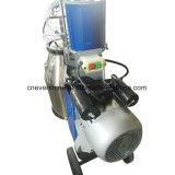피스톤 펌프와 전기 모터를 가진 젖을 짜는 기계