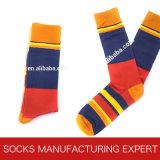 Hombres calcetín rayado de moda de algodón