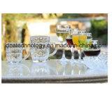 زجاجيّة فنجان مجموعة مع يزيّن علامة تجاريّة