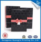 Rectángulo de regalo rígido de papel de lujo de la cartulina de la alta calidad con la cinta