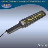 Scanner tenuto in mano del corpo del metal detector