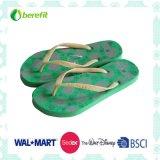 PE Slippers de Wome com Bright Ptinting e PVC Straps