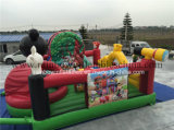 La gorila inflable de China se divierte el juego para el parque de atracciones de los cabritos
