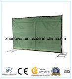 Загородка используемая конструкцией временно обшивает панелями горячее сбывание
