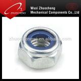 Noix galvanisée de nylon de l'acier du carbone DIN985 DIN982