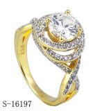 순은 입방 지르코니아는 유일한 꽃 디자인 여자의 반지를 둥글게 된다