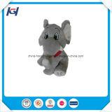 Peluche molle et jouets bourrés d'éléphant avec de grandes oreilles