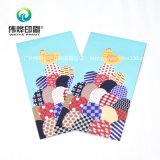 Kreativer Drucken-Umschlag für das Jahr des Hahns