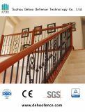 최신 판매를 검술하는 장식적인 단철 층계