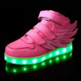 La alta calidad LED se enciende para arriba embroma los zapatos, cabritos populares de los zapatos del LED