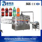 Capacidade reduzida de bebidas refrigerantes monobloco com uma máquina de enchimento