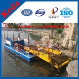 Imbarcazione di falciatura della draga del giacinto di acqua