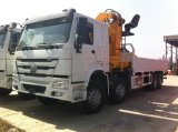 Sinotruck HOWO 8X4 12の荷車引きトラックによって取付けられるクレーンクレーントラックブームのトラック