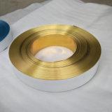 Perfil del aluminio con la muestra Df de la carta del LED