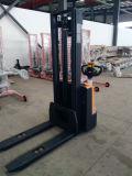 польностью электрический штабелеукладчик 1600kg с сертификатом Ce