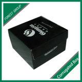 El regalo negro del estilo de la tapa de la imagen doble por la lámina calza el rectángulo de papel