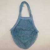 Tricoter à la main le sac à provisions net de crochet, le sac 100% de coton