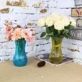 Классическая ваза цветов из стекла
