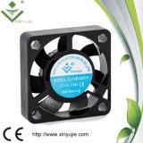 Plastikschaufel-industrielle Ventilation der Qualitäts-30*30*7mm, die Gleichstrom-axialen Ventilator abkühlt