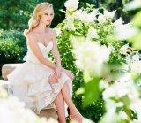 Амели скалистых Strapless многоуровневых кружевом короткое замыкание свадьбы Gowns дешевые