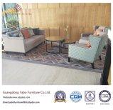 Hölzerne Hotel-Möbel mit dem Vorhalle-Gewebe-Sofa eingestellt (YB-O-43)