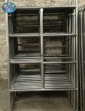 鋼鉄梯子の足場