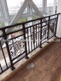 Balkon, der für Haus-u. Hotel-Dekoration ficht