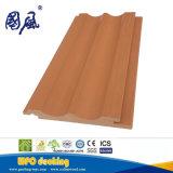 新しいデザイン大きい価格の木製のプラスチック複合材料WPCのDeckingのフロアーリング