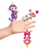 Синь Борис игрушки обезьяны младенца Fingerlings (вклюает стойку тантьемы)
