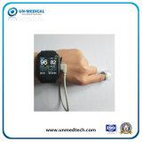 手首の携帯用手持ち型のパルスの酸化濃度計の腕時計SpO2のモニタのパルスOximetry