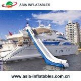 Im Freienluft, die fest aufblasbares Yacht-Plättchen für Verkauf schwimmt