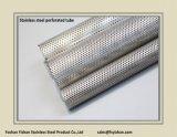 De Geperforeerde Buis van de Geluiddemper van de Uitlaat van SS304 63.5*1.2 mm Roestvrij staal