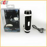 移動式充電器、移動式力4400mAh LEDのランタン、力バンクが付いているLEDの懐中電燈