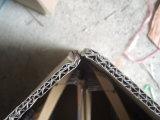 Cintres en bois avec pendentif en tissu flocé (MR004)