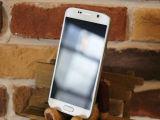 元の工場によってロック解除される人間の特徴をもつスマートな電話S6-G9200
