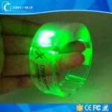 2018의 형식 통제되는 저속한 빛 LED 팔찌