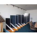Poly panneaux solaires mono bon marché chauds de 150W 250W 300W en stock