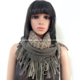 Acrílico Lady Fashion Knitted Neck Scarf with Fringe