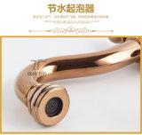 El nuevo diseño de cerámica escoge el grifo antiguo del lavabo de la maneta (ZF-610-1)